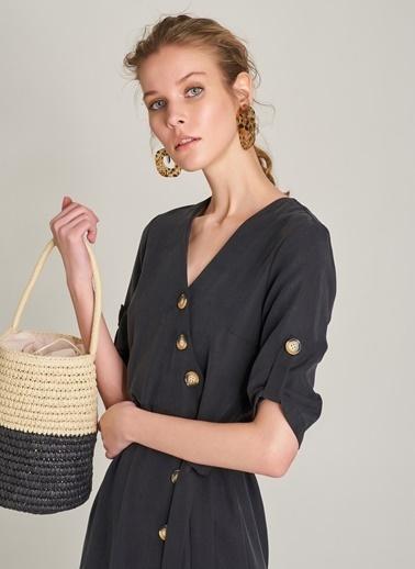 Monamoda Uzun Düğme Detaylı Elbise Siyah